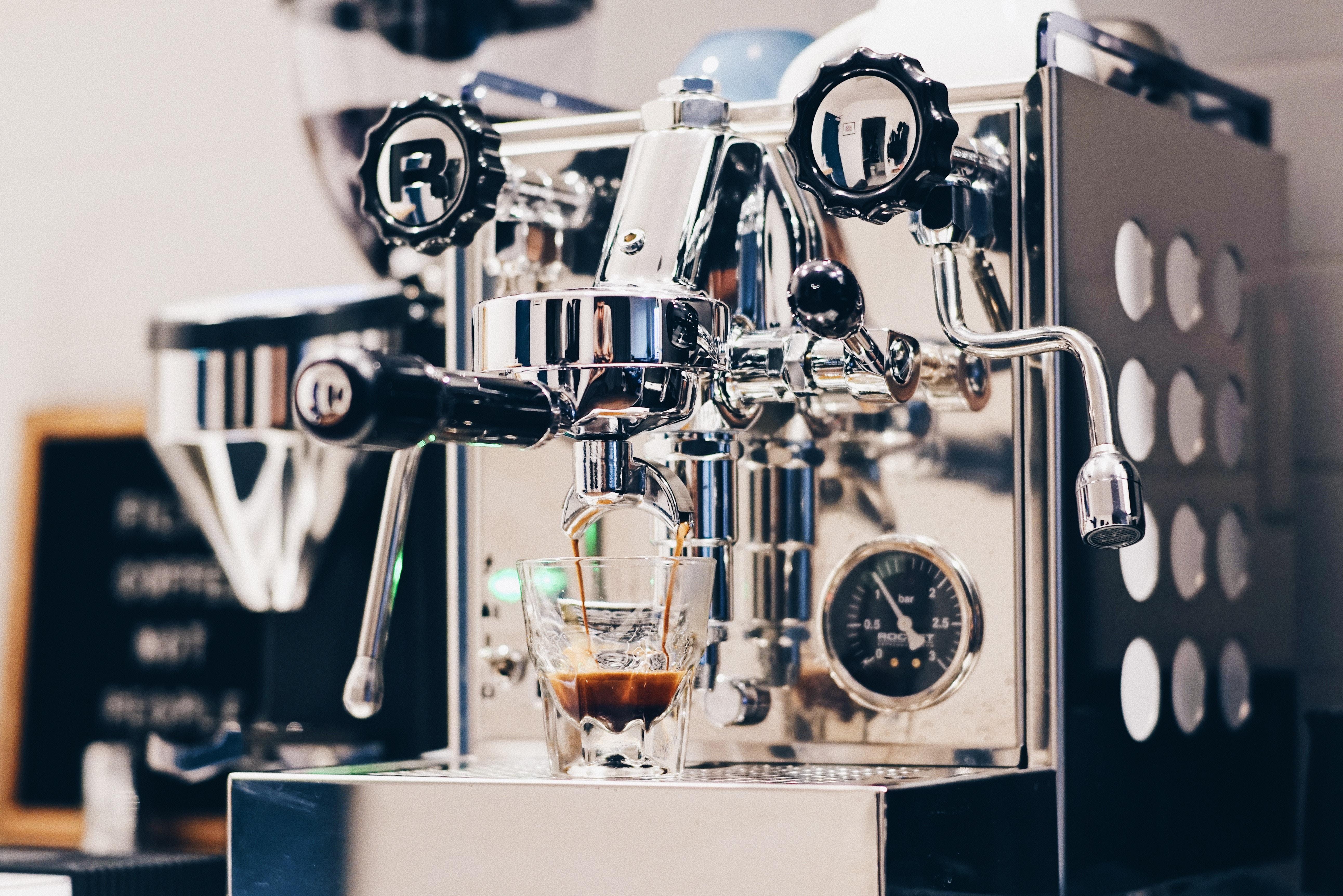 Qual a melhor máquina de café espresso?